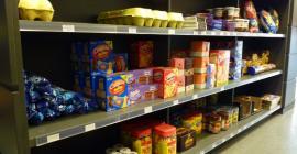 Eguneroko produktuak topatuko dituzu: arraultzak, gailetak, patata frejituak